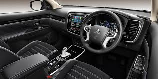 Interior Outlander-PHEV